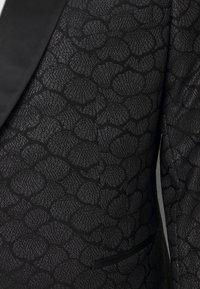 Twisted Tailor - PHONOX SUIT SET - Suit - black - 5