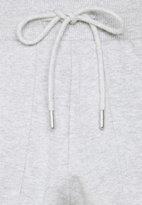 Selected Femme Petite - SLFSTASIE PANTS PETITE - Tracksuit bottoms - light grey melange - 2