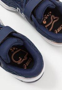 ASICS - GT-1000 9 UNISEX - Stabilty running shoes - peacoat/white - 6