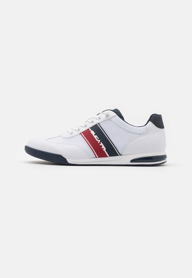 TREVOR - Sneakers laag - white
