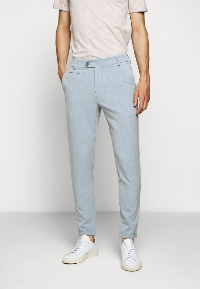 COMO LIGHT SUIT PANTS - Stoffhose - provincial blue/grey melange