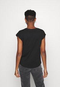 Pepe Jeans - BLOOM - Basic T-shirt - black - 2