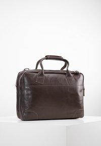 Royal RepubliQ - NANO BIG ZIP - Laptop bag - brown - 2