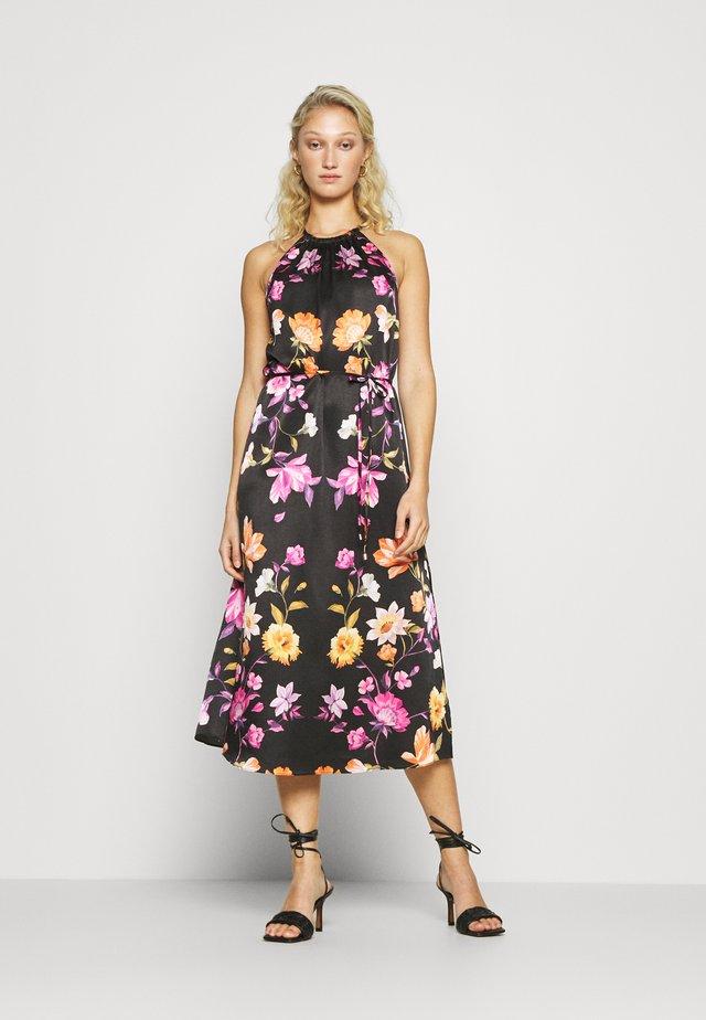 MEGARRA - Korte jurk - black