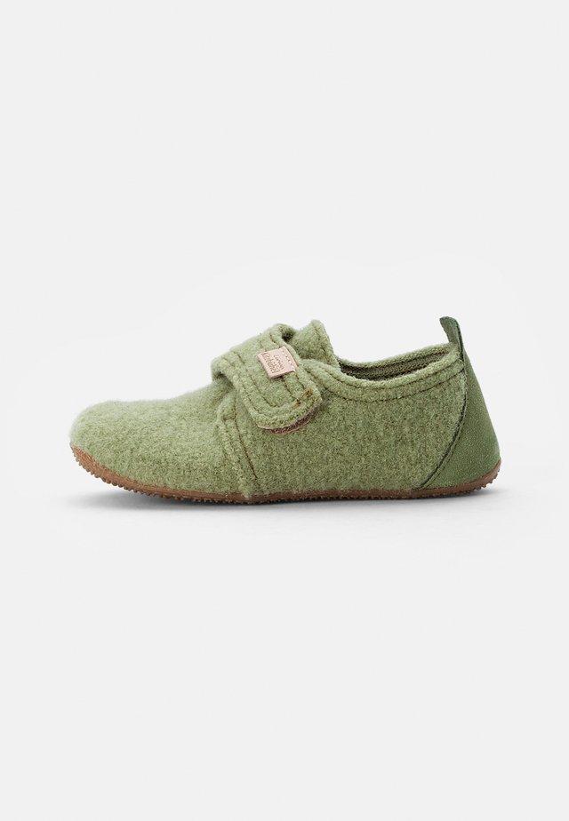 KLETTMODELL LEDERKAPPE - Pantoffels - jade