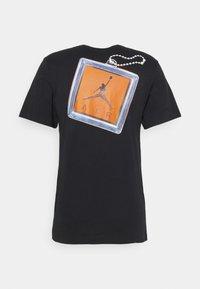 Jordan - KEYCHAIN CREW - T-shirt med print - black - 6