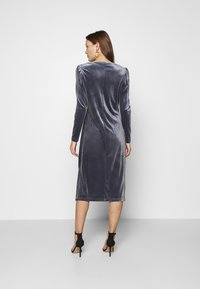 Saint Tropez - CALLIESZ LONG DRESS - Cocktail dress / Party dress - folkstone gray - 2