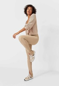Stradivarius - Leggings - Trousers - brown - 3