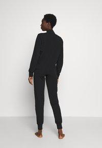Emporio Armani - JACKET AND PANTS WITH CUFFS SET - Pyjama set - nero - 2