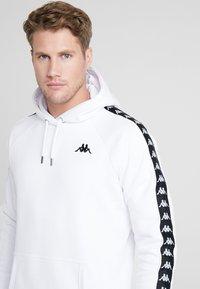 Kappa - FINNUS - Jersey con capucha - bright white - 4