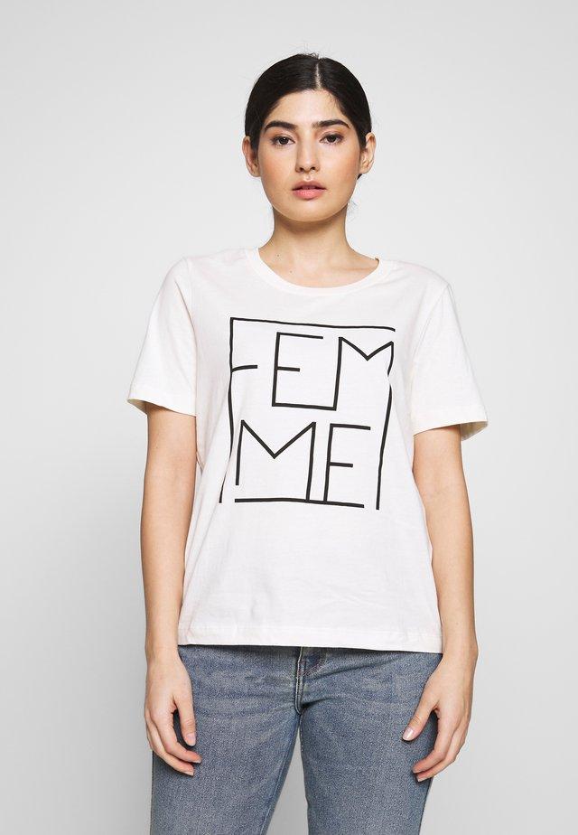 SLFKORA TEE EX PETITE - Camiseta estampada - snow white/black