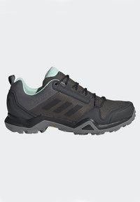 adidas Performance - TERREX AX3 GTX SHOES - Baskets basses - grey - 8