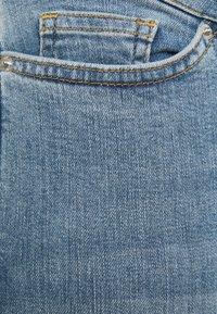 Vero Moda Curve - VMLORA - Jeans Skinny Fit - light blue denim - 6