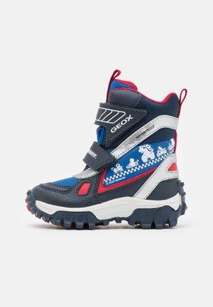 NINTENDO MARIO KART JUNIOR HIMALAYA BOY WPF - Winter boots - navy/royal