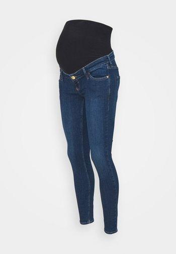MEDIUM AMELIE MAT OVERBUMP GEORGIE - Jeans Skinny Fit - medium blue