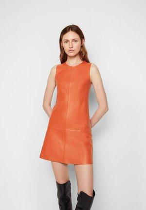 SHIFT DRESS - Day dress - geranium red