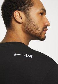 Nike Sportswear - CREW PACK - Felpa - black - 3