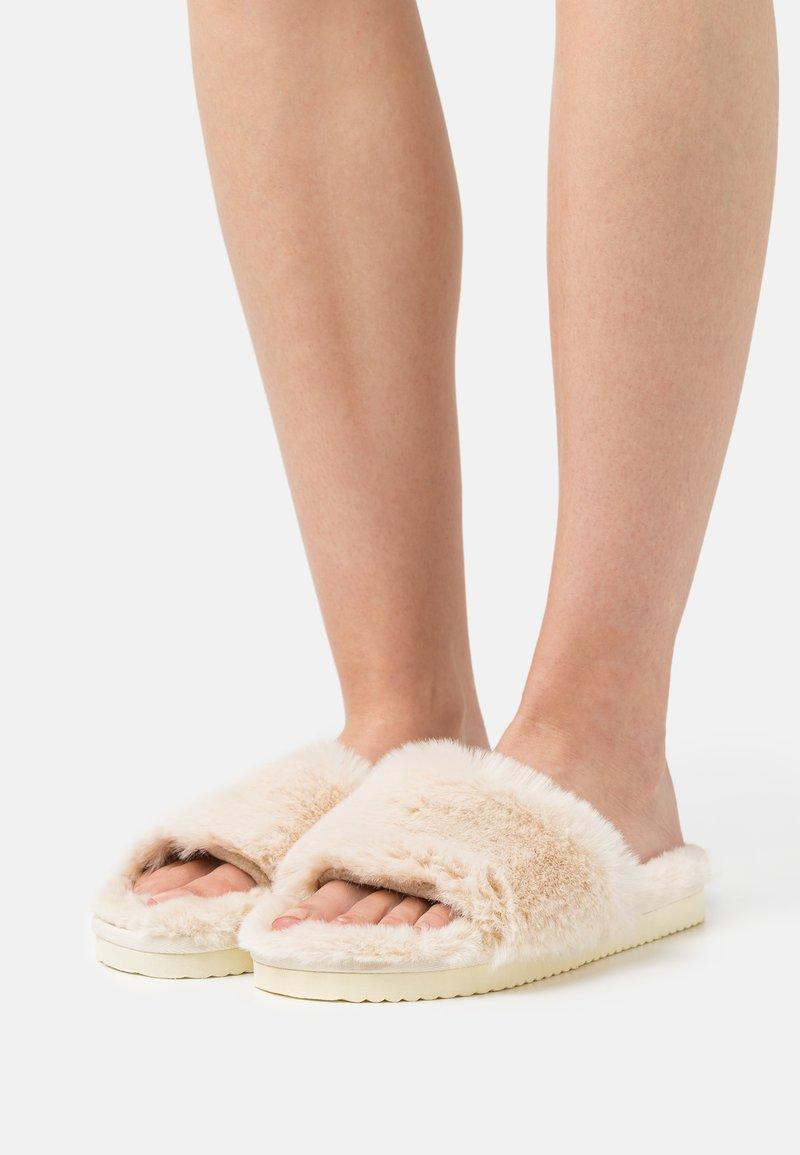 flip*flop - SLIDE - Slippers - soft beige
