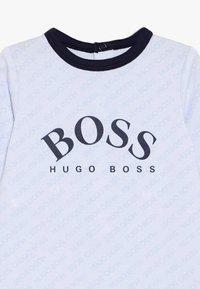 BOSS Kidswear - BIB - Geboortegeschenk - ciel - 3