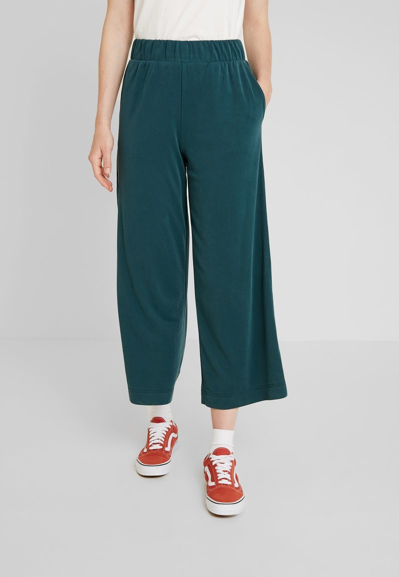 Monki - CILLA FANCY TROUSERS - Bukser - dark green
