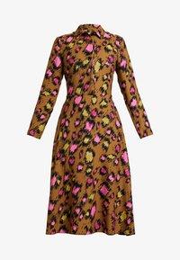 Closet - CLOSET SWING DRESS - Shirt dress - gold - 5