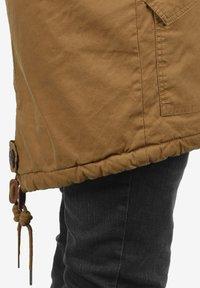 Solid - WINTERJACKE CLARKI TEDDY - Winter coat - light brown - 5