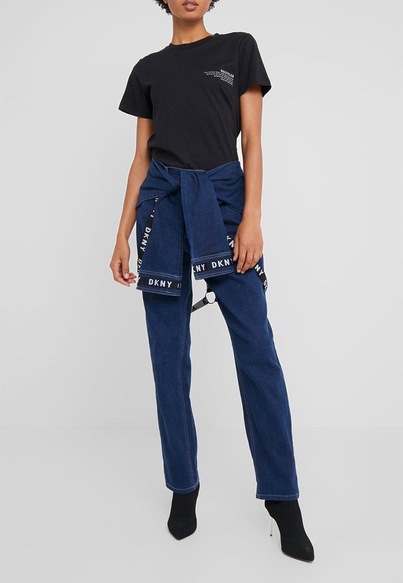 DKNY - PANT - Jeans straight leg - indigo