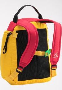 Haglöfs - Hiking rucksack - pumpkin yellow/scarlet red - 2