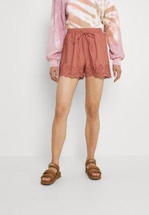 ONLCARLOTTA  - Shorts - old rose