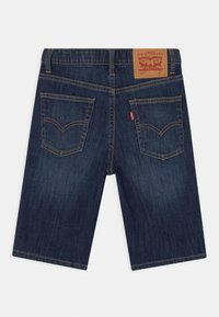 Levi's® - PERFORMANCE  - Jeans Short / cowboy shorts - dark blue denim - 1