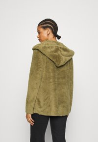 ONLY - ONLNEW CONTACT HOODED - Lett jakke - martini olive - 2