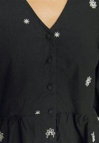 Vero Moda - VMABA - Camicetta - black/white - 5