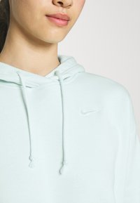 Nike Sportswear - HOODIE TREND - Sweatshirt - barely green/white - 4