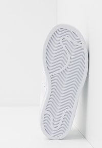 adidas Originals - SUPERSTAR - Sneakersy niskie - footwear white - 5