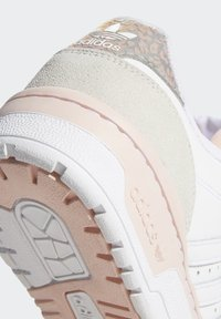 adidas Originals - RIVALRY LOW  - Sneakers laag - ftwr white/vapour pink/grey one f17 - 7
