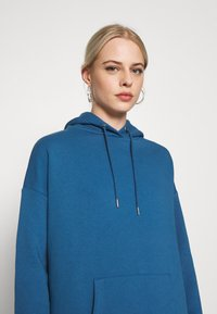 Nly by Nelly - OVERSIZED HOODIE - Sweat à capuche - blue - 5