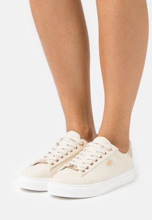 CRISTA - Sneakers laag - offwhite