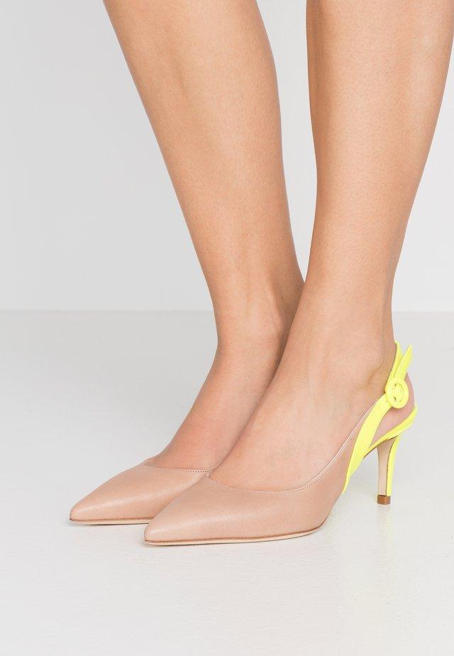 Classic heels - desert/giallo fluo