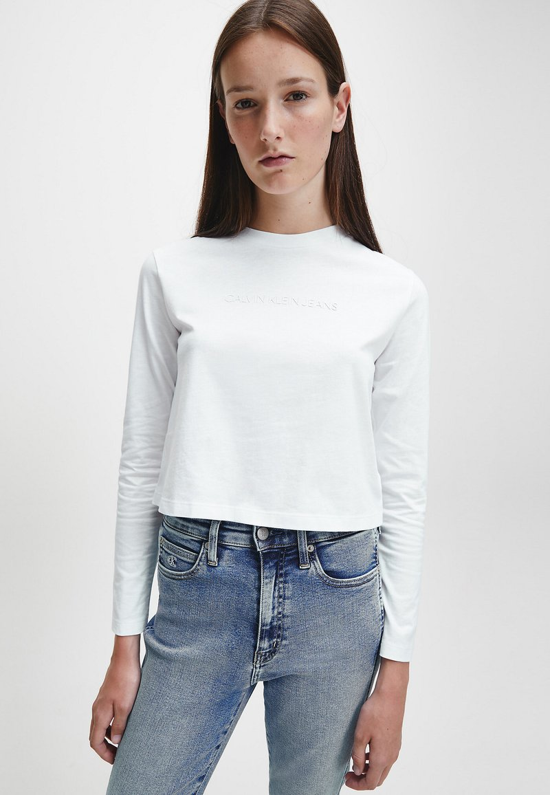 Calvin Klein Jeans - SHRUNKEN INST  - Long sleeved top - bright white