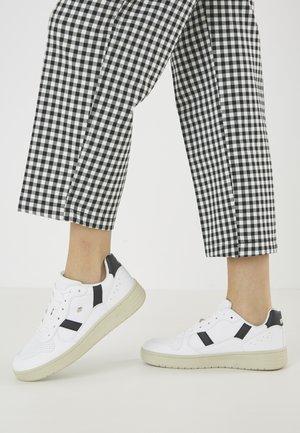 RAWW - Sneakers laag - white/black
