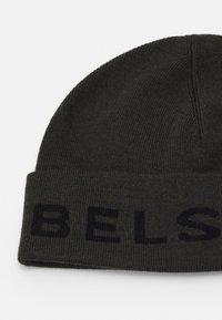 Belstaff - LOGO MOTO HAT UNISEX - Beanie - dark military green/black - 2