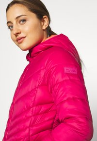 CMP - WOMAN JACKET FIX HOOD - Winter jacket - magenta - 4
