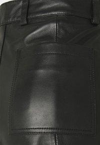Deadwood - BOI - Shorts - black - 2
