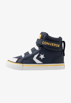 PRO BLAZE STRAP VARSITY - Sneakers hoog - obsidian/amarillo/white