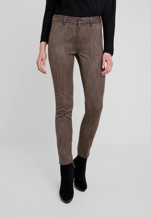ABBEY BRANDY PANT - Trousers - coffee bean melange