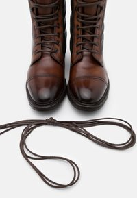 Cordwainer - CHRIS - Lace-up ankle boots - castagna/testa - 5