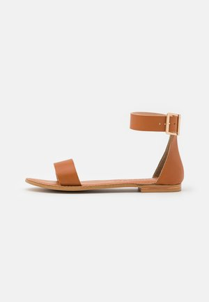 VMELSA WIDE FIT  - Sandals - cognac