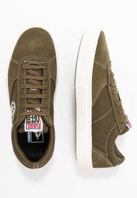 Vans - PARADOXXX - Sneakersy niskie - beech/marshmallow - 1