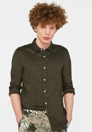 SLIM-FIT - Camicia - moss green