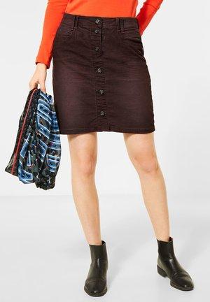 MIT CORD-OPTIK - Denim skirt - braun